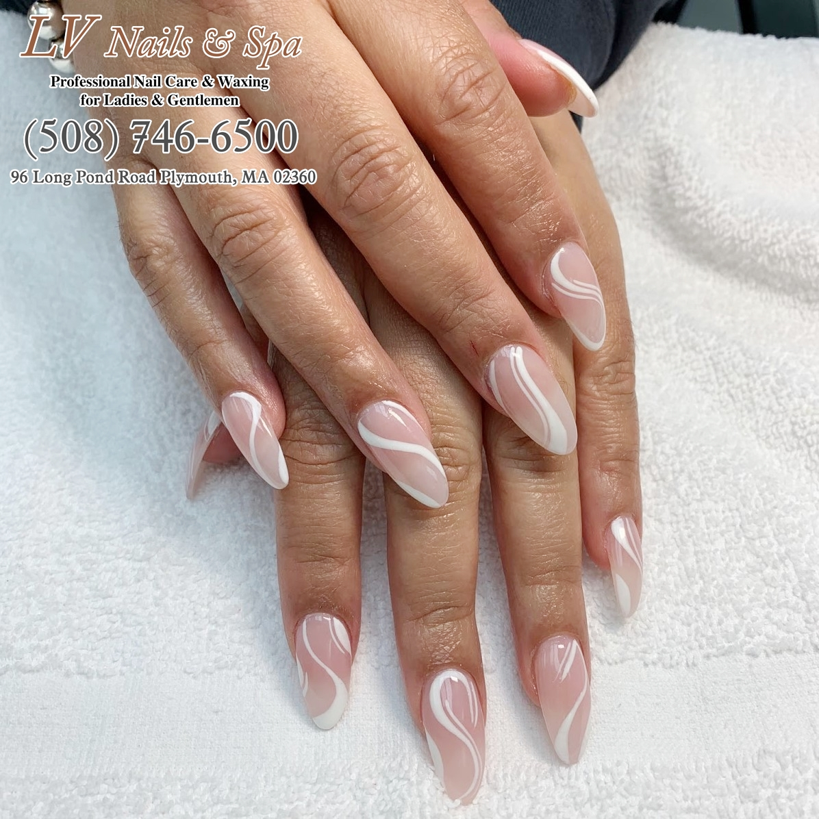 If you love this shellac nails, just call us to transform your nails